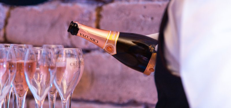 Vox Madein.md: What Do we Need to Know about Sparkling Wines